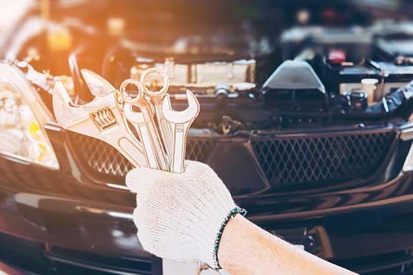 Auto-mit-Motorschaden-verkaufen-oder-reparieren
