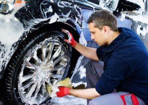 Auto-Reinigung-Pflege-Reifen-München