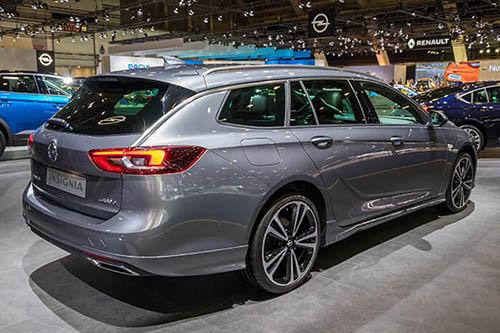 Opel-insignia-Familien-Auto