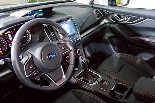 Subaru XV 2017 interior