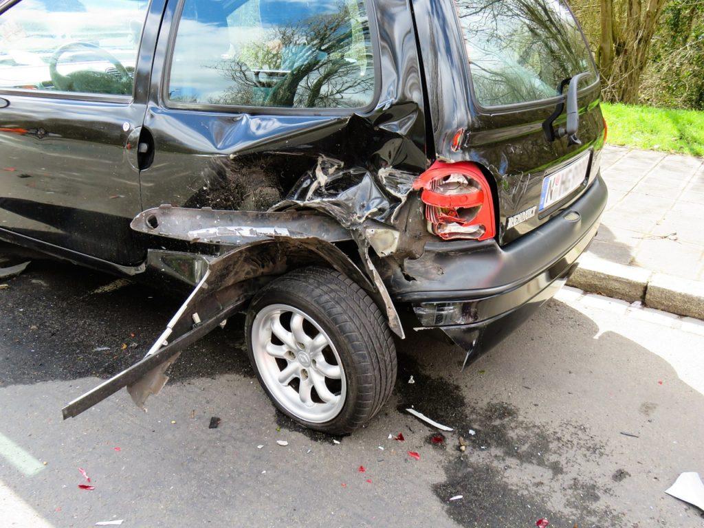 Unfall-Auto-Totalschaden